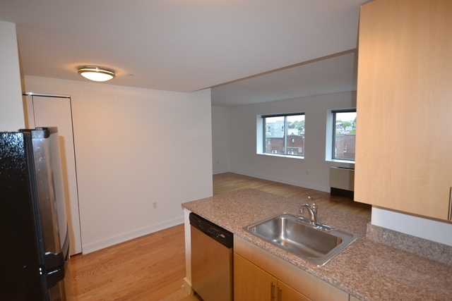Studio, Jamaica Rental in NYC for $1,777 - Photo 2