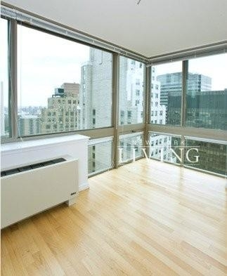 4 Bedrooms, Financial District Rental in NYC for $7,895 - Photo 1