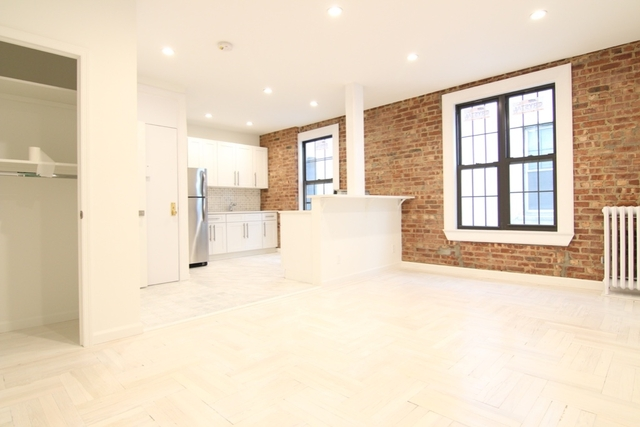 1 Bedroom, Ridgewood Rental in NYC for $2,395 - Photo 1