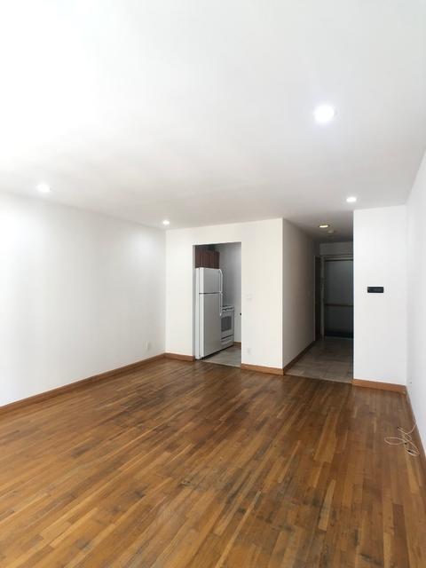 Studio, Chelsea Rental in NYC for $2,500 - Photo 2