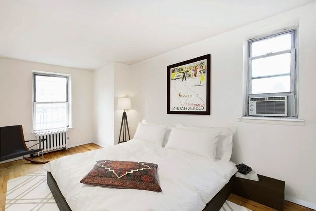 3 Bedrooms, Hell's Kitchen Rental in NYC for $4,875 - Photo 2