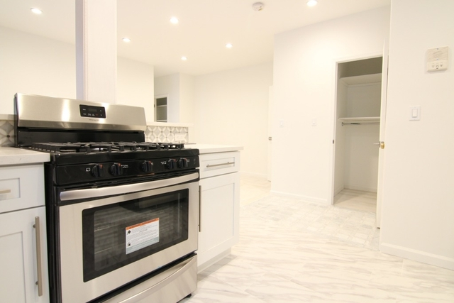 1 Bedroom, Ridgewood Rental in NYC for $2,400 - Photo 2
