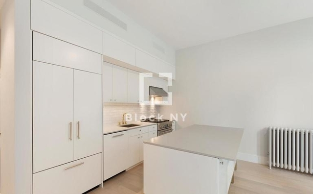2 Bedrooms, SoHo Rental in NYC for $8,000 - Photo 2