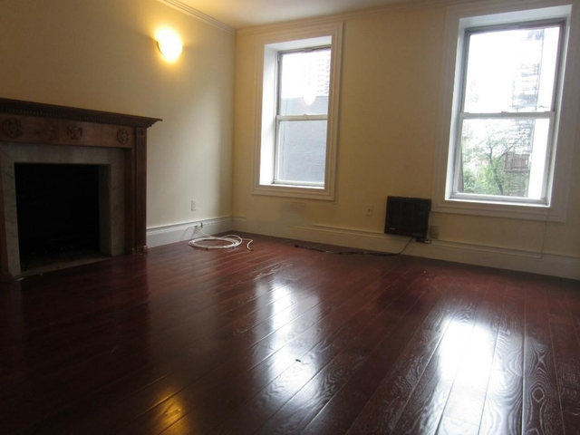 2 Bedrooms, Hell's Kitchen Rental in NYC for $2,350 - Photo 1