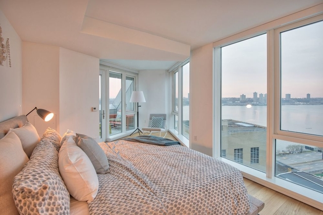 2 Bedrooms, Hell's Kitchen Rental in NYC for $7,300 - Photo 2