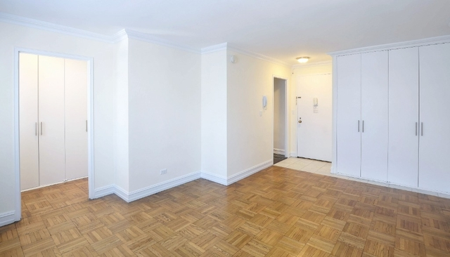 Studio, Theater District Rental in NYC for $2,495 - Photo 2