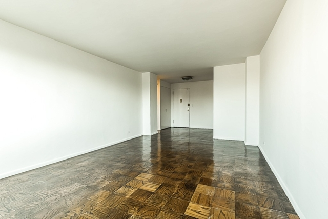 1 Bedroom, Chelsea Rental in NYC for $3,875 - Photo 2