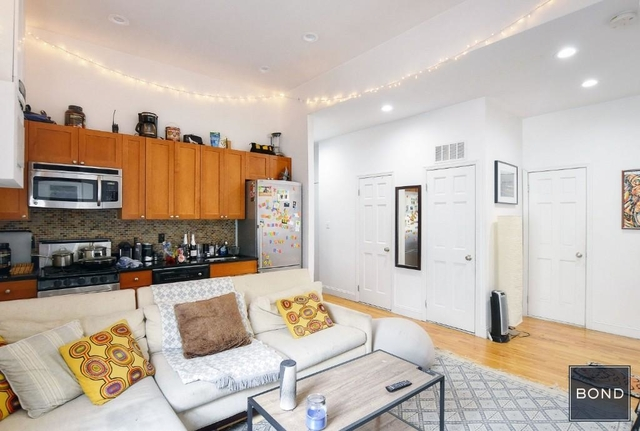 3 Bedrooms, East Village Rental in NYC for $6,900 - Photo 2
