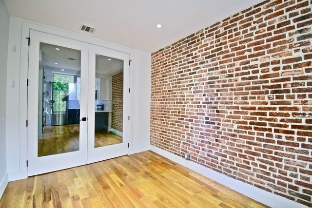 Room, Bushwick Rental in NYC for $1,025 - Photo 2