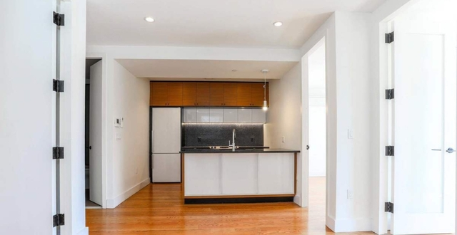 3 Bedrooms, Prospect Lefferts Gardens Rental in NYC for $2,800 - Photo 1