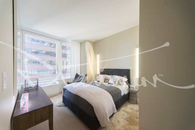 2 Bedrooms, Financial District Rental in NYC for $5,076 - Photo 2