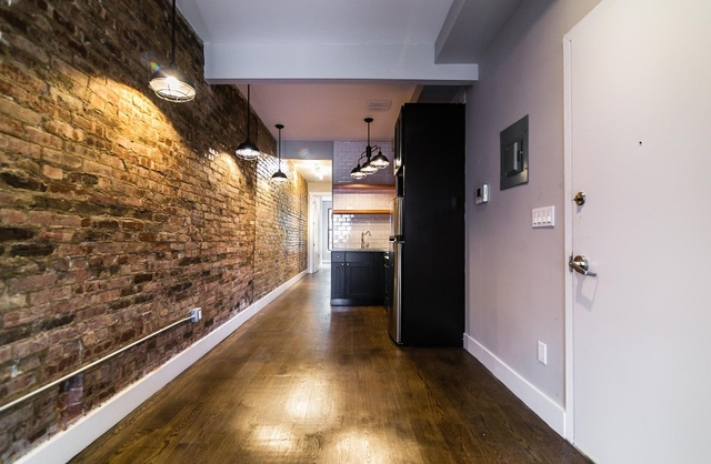 Room, Bushwick Rental in NYC for $845 - Photo 2