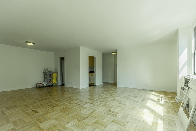 2 Bedrooms, Yorkville Rental in NYC for $6,000 - Photo 2