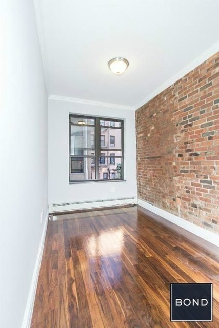 3 Bedrooms, Little Italy Rental in NYC for $5,073 - Photo 2