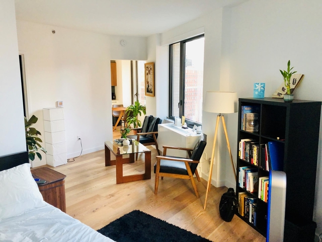 Studio, Hell's Kitchen Rental in NYC for $3,510 - Photo 2