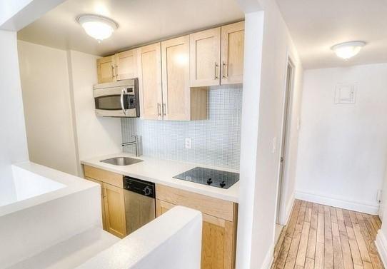 Studio, Flatiron District Rental in NYC for $2,975 - Photo 2