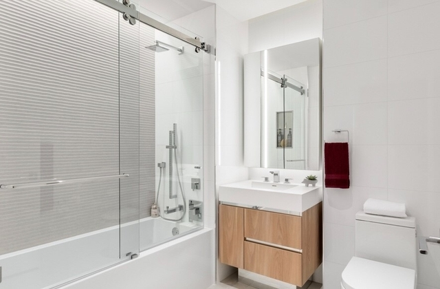 1 Bedroom, Hell's Kitchen Rental in NYC for $4,250 - Photo 2