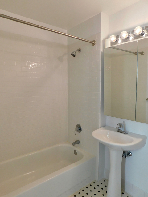 Studio, Civic Center Rental in NYC for $3,050 - Photo 2