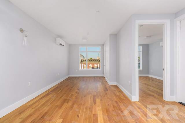 1 Bedroom, Bedford-Stuyvesant Rental in NYC for $2,017 - Photo 2