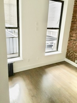 2 Bedrooms, Bowery Rental in NYC for $3,300 - Photo 2
