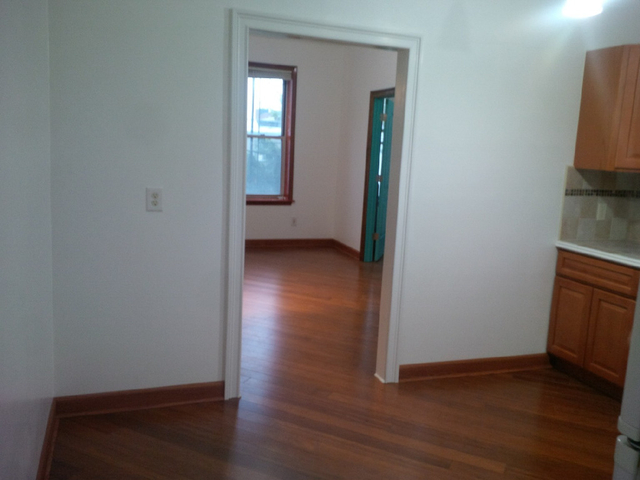 2 Bedrooms, Borough Park Rental in NYC for $1,900 - Photo 1