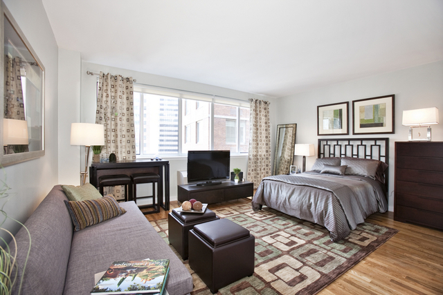 3 Bedrooms, Financial District Rental in NYC for $8,198 - Photo 1