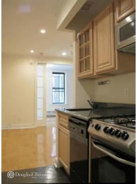 2 Bedrooms, West Village Rental in NYC for $4,796 - Photo 1