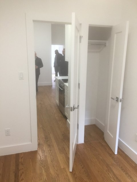 2 Bedrooms, Upper West Side Rental in NYC for $3,150 - Photo 2