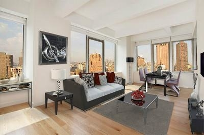 3 Bedrooms, Tribeca Rental in NYC for $10,800 - Photo 1
