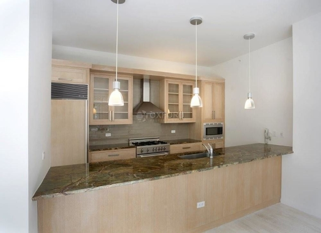 2 Bedrooms, SoHo Rental in NYC for $13,700 - Photo 1
