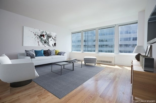 Studio, Financial District Rental in NYC for $3,525 - Photo 2