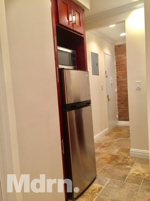 1 Bedroom, Upper East Side Rental in NYC for $2,380 - Photo 2