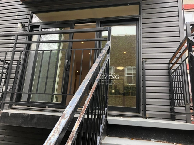 1 Bedroom, Bedford-Stuyvesant Rental in NYC for $2,700 - Photo 2