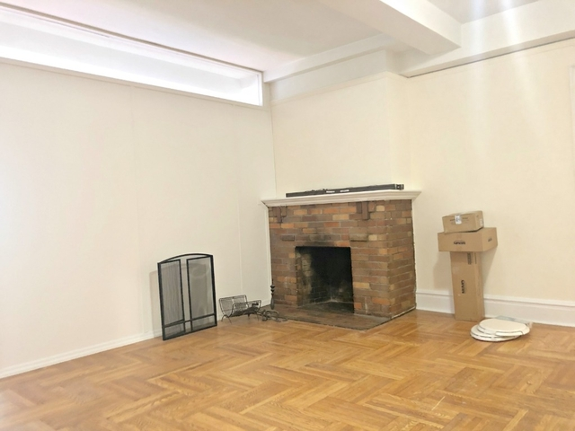 3 Bedrooms, Gramercy Park Rental in NYC for $5,625 - Photo 2