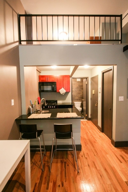 Studio, East Village Rental in NYC for $2,775 - Photo 2
