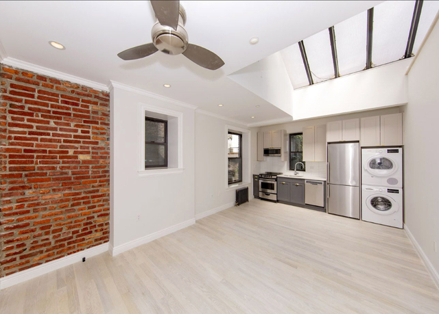 1 Bedroom, Greenwich Village Rental in NYC for $5,165 - Photo 2