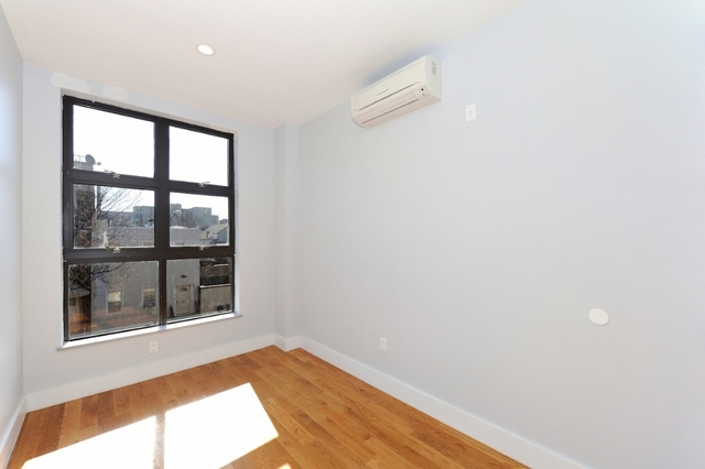 2 Bedrooms, East Williamsburg Rental in NYC for $3,700 - Photo 2