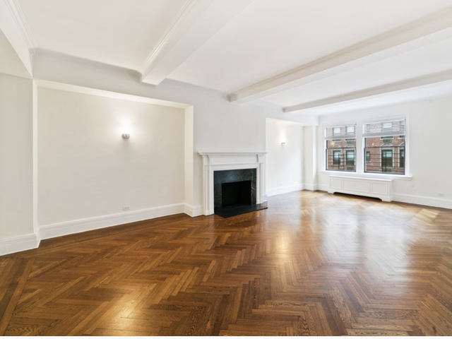 3 Bedrooms, Carnegie Hill Rental in NYC for $19,645 - Photo 1