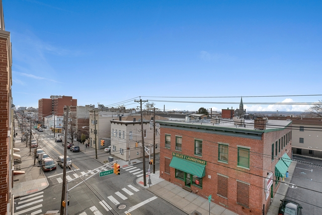 2 Bedrooms, The Heights Rental in NYC for $2,500 - Photo 2