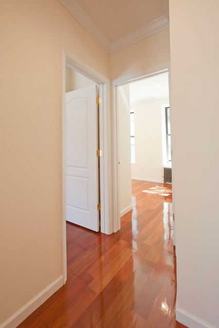3 Bedrooms, Rose Hill Rental in NYC for $4,395 - Photo 2