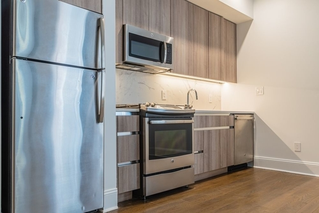 1 Bedroom, Financial District Rental in NYC for $3,165 - Photo 2