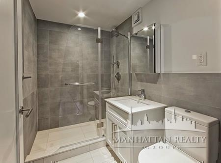 1 Bedroom, Turtle Bay Rental in NYC for $3,378 - Photo 2