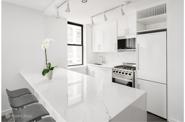 Studio, West Village Rental in NYC for $4,500 - Photo 2