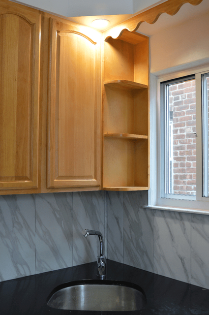 3 Bedrooms, Maspeth Rental in NYC for $3,500 - Photo 2