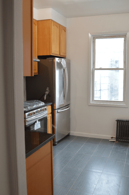 3 Bedrooms, Maspeth Rental in NYC for $3,500 - Photo 1
