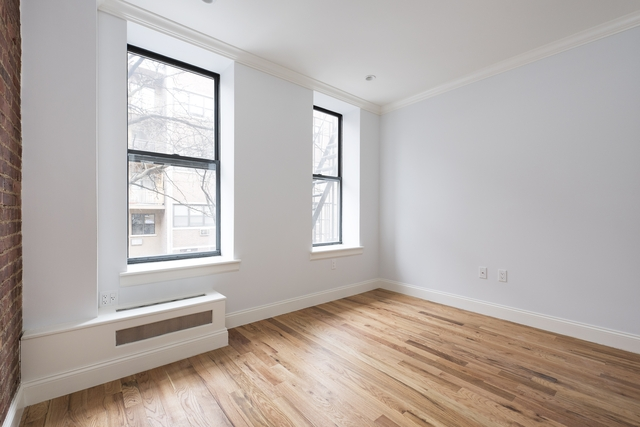 2 Bedrooms, Hell's Kitchen Rental in NYC for $3,675 - Photo 2