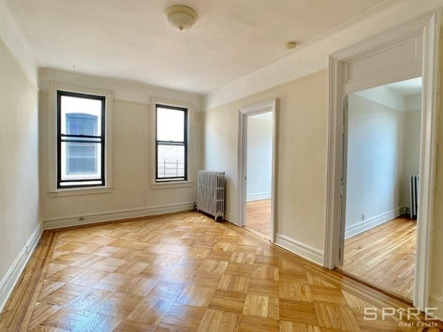 2 Bedrooms, Astoria Rental in NYC for $1,950 - Photo 1