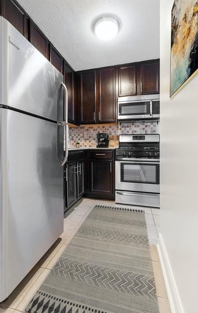 2 Bedrooms, Manhattanville Rental in NYC for $2,750 - Photo 2