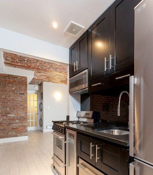 2 Bedrooms, Gramercy Park Rental in NYC for $3,964 - Photo 1