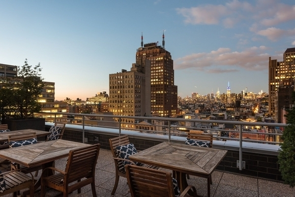 1 Bedroom, Tribeca Rental in NYC for $4,925 - Photo 2